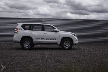 Arctic Trucks LC150 AT33
