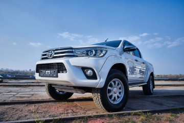 Arctic Trucks Hilux NG AT33