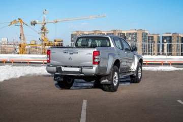 Arctic Trucks L200 AT35